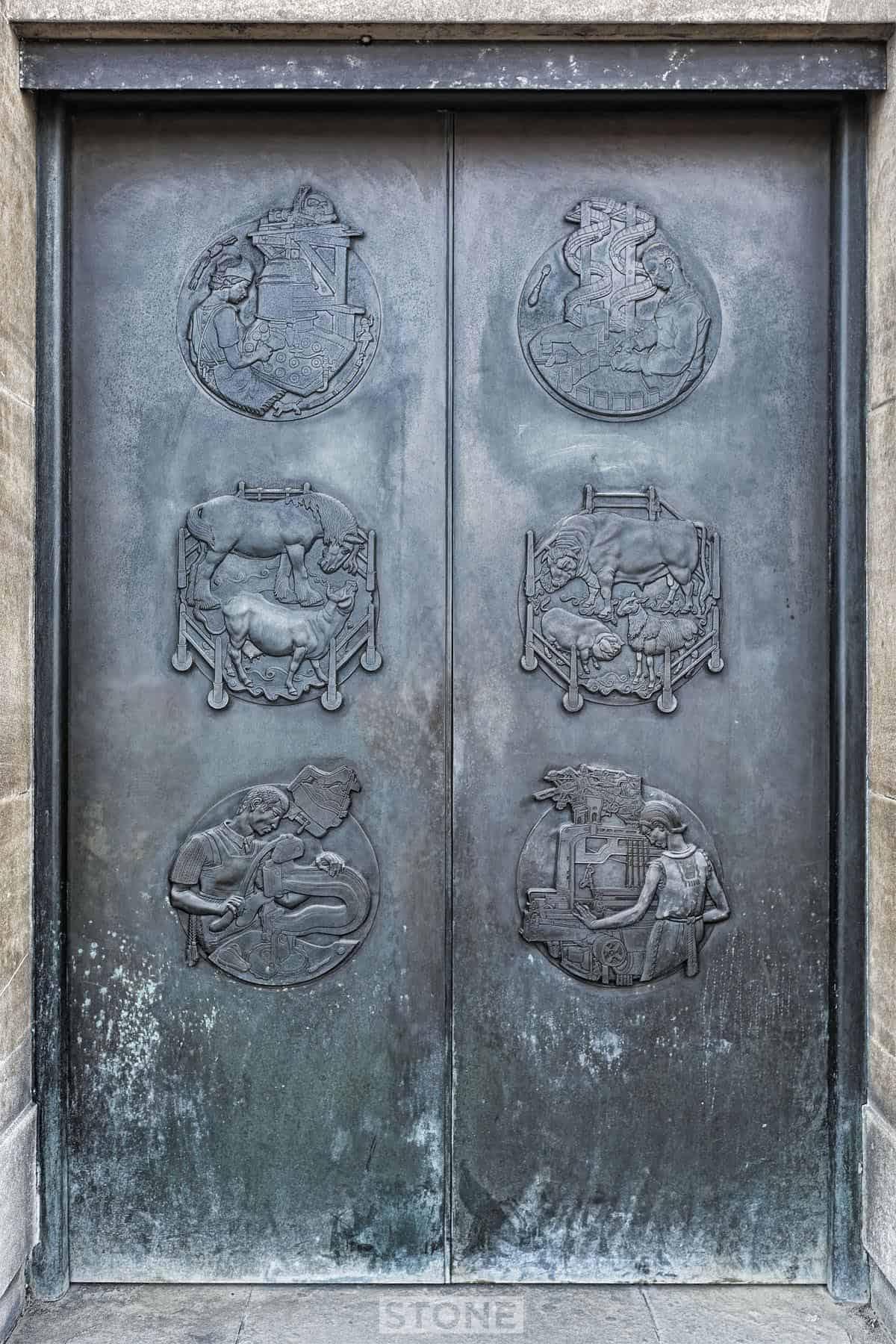 ... Doors 5479 3 © Nick Stone & Norwich City Hall doors art sculpture