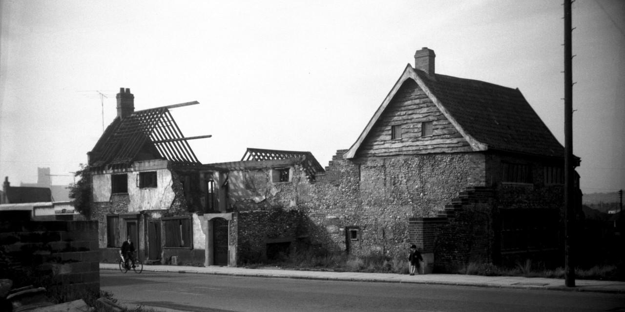 Hidden Histroy: The Great Halls – Oak Street