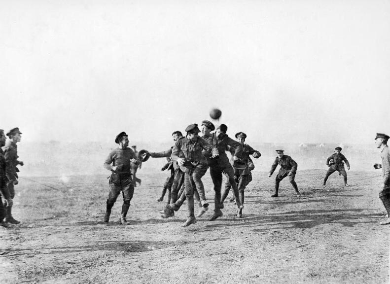 Football, Xmas, WW1 & misinformation
