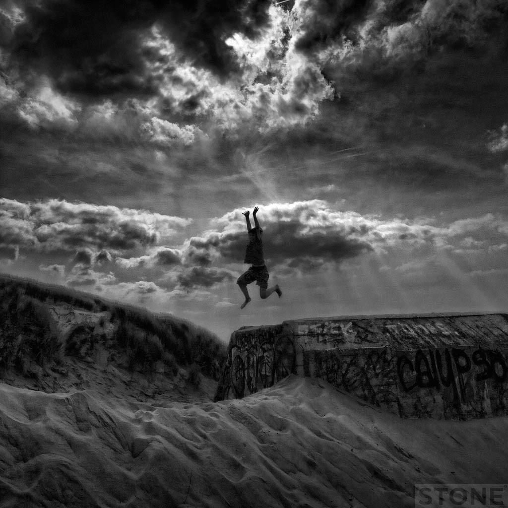 Stella Plage 4 - Jumper © Nick Stone