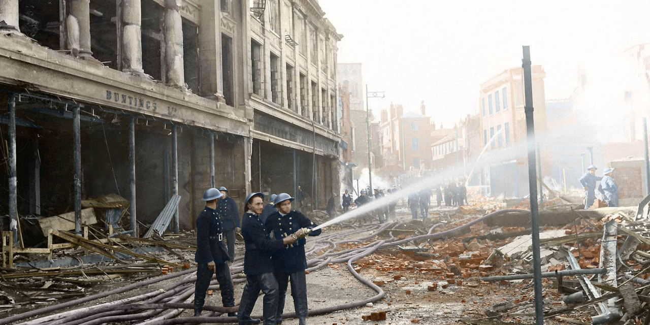 Blitz in Colour: Curls Store 30th April 1942