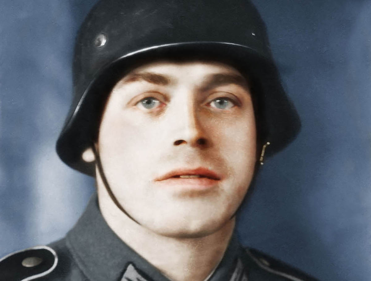 Colourisation: Alois Gilgenbach