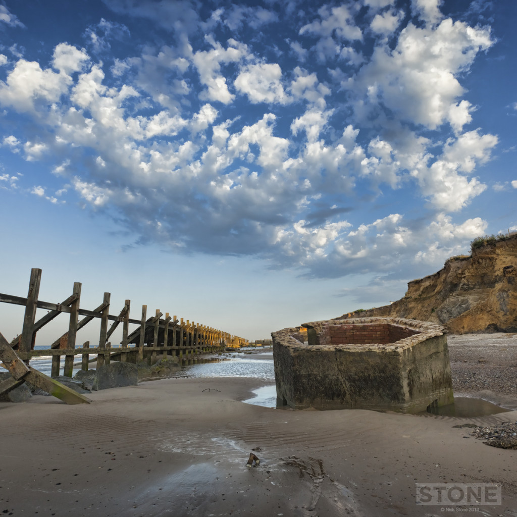 Happisburgh Pillbox © Nick Stone 2013 0928