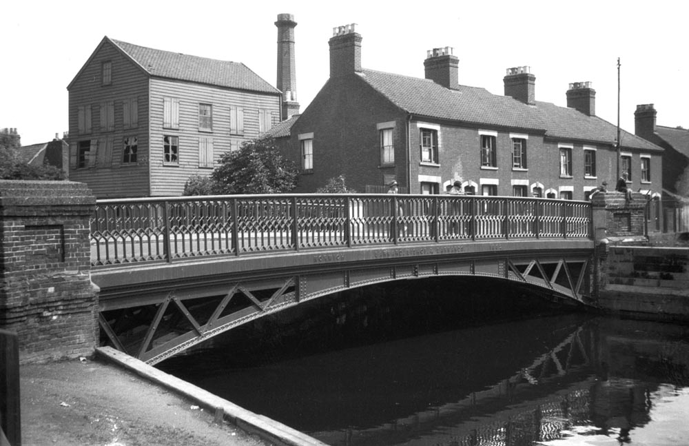 Wensum City Bridge St Crispin's Rd S side [B633] 1933-07-18 1000px